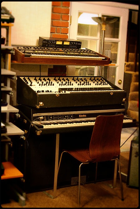 Oberheim Four Voice sitting atop a Fender Rhodes