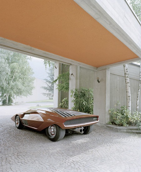 stratos_rear_cc
