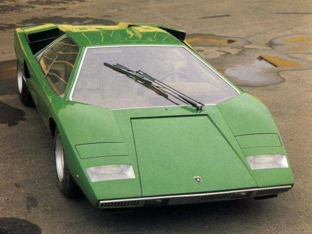 Lamborghini_Countach_LP400_02
