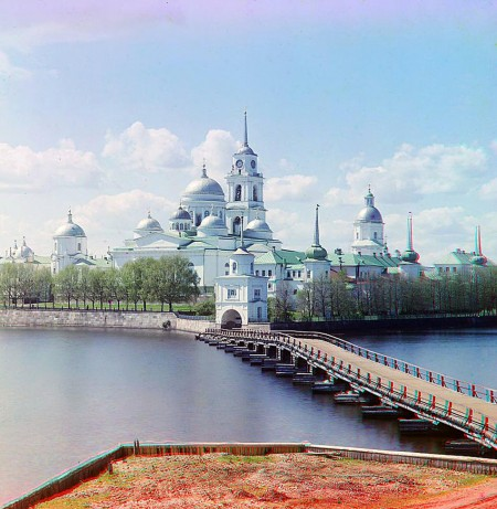 russia001.sJPG_950_2000_0_75_0_50_50