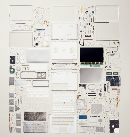 things-come-apart-macbook-wired-design-660x695